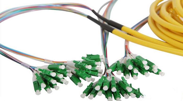 Pre-terminated LC / APC Corning Fiber Optic Jumper For FTTH Network Project